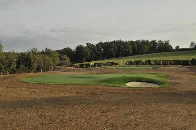 Golf privé, <p>Création d'un parcours privé</p>